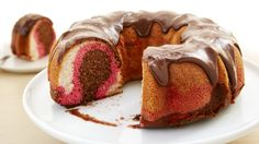 Savor the same triple flavor combo of the classic ice cream in a moist and delicious cake.