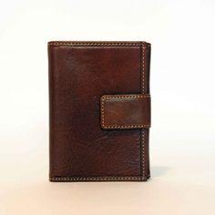 UNOUNODUEQUATTRO Shop now --> http://mark-me.com/shop/woman-wallet/unounoduequattro/