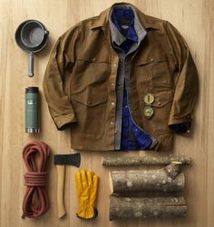 Filson Ages Gracefully (Diy Clothes For Men) Mode Masculine, Masculine Style, Rugged Men, Rugged Style, Aging Gracefully, Outdoor Outfit, Bushcraft, Diy Clothes, Mens Fashion