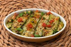Zucchine marinate con pomodoro fresco e capperi. Guacamole, Zucchini, Mexican, Ethnic Recipes, Mamma, Sicily, Food, Essen, Meals