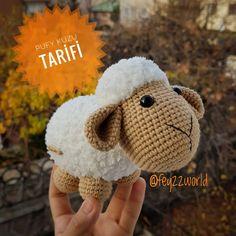 No photo description available. Crochet Doll Pattern, Crochet Patterns Amigurumi, Crochet Dolls, Crochet Baby, Free Crochet, Knit Crochet, Crochet Backpack, Crochet Ornaments, Amigurumi Toys