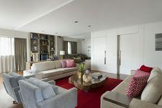 Depois de reforma, apartamento antigo ficou jovem e moderno (Foto: Inês Antich / divulgação)