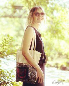 Tote bag sur https://www.ungrandmarche.fr/boutique/les-gouts-et-les-couleurs-de-laurence #totebag #cabas #creation #handmade