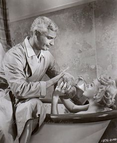 0 bath time - Lana Turner and Jeff Chandler in The Lady Takes a Flyer (1957)