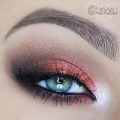 Look achieved using Brow Wiz by Anastasia Beverly Hills in Brunette, along with her Catwalk palette.