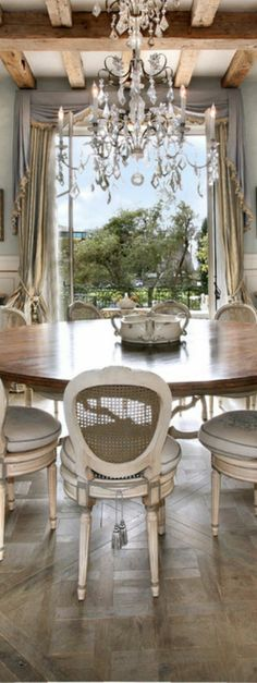 Shabby Chic Dining Room Ideas Images) - Home Magez French Country House, Country Decor, Home Decor, French Country Living Room Furniture, Country Living Room Furniture, Chic Dining Room, Shabby Chic Dining, Shabby Chic Dining Room, French Country Kitchens