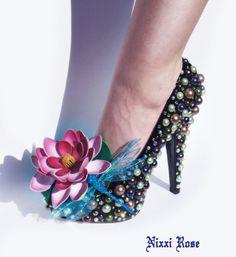 The Frog Princess Heels van NixxiRose op Etsy
