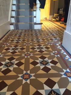 Victorian floor tiles and contemporary geometric ceramic tiles. Specialists in the design and supply of mosaic tile schemes. Victorian Hallway Tiles, Edwardian Hallway, Tiled Hallway, Front Hallway, Hallway Inspiration, Hallway Ideas, Hallway Pictures, Minton Tiles, Hall Tiles