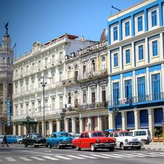 Two icons of the Cuban capital: Hotel Inglaterra (the oldest hotel of the country) and old-timers. We liked just to wander around the city but we were also happy to leave that busy and hot place.  #cuba #caribbean #havana #oldtimer #hotel #cars #travel #travelpic #travelphoto #travelphotography #travelpassion #travelpassport #instapic #instatravel #reizen #familytravel #reizenmetkinderen #wearetravelgirls #wearetravelers #wearetravelmums #wanderlustmum #wanderlust #wanderlustgirl…