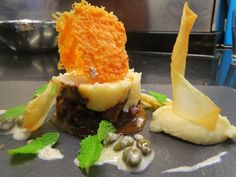 Lamb Parmentier - yuka and pecorino crisp II I Love Food, I Foods, Cage, Crisp, Ethnic Recipes