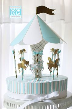 MADE TO ORDER Oooh La La Baby Blue and Gold Merry-Go-Round/Carousel Favor Box Centerpiece Set with option of rhinestone embellishment Baby Shower Deco, Baby Shower Cake Pops, Shower Party, Baby Shower Parties, Baby Boy Shower, Carnival Baby Showers, Gold Baby Showers, Des Accents D'or, Carousel Birthday