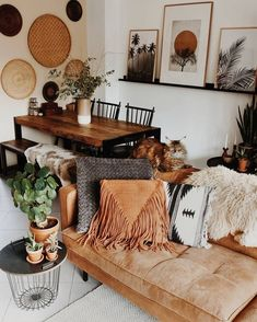 The Effective Pictures We Offer You About Rustic house interior A quality picture can tell you many Boho Living Room, Home And Living, Living Room Decor, Living Spaces, Earthy Living Room, Bohemian Living, Small Living, Modern Living, Living Rooms
