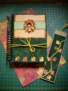 Caderneta e marca-páginas