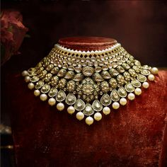 Love this pearl heritage Sabyasachi jewellery set from 2018 collection. #Frugal2Fab