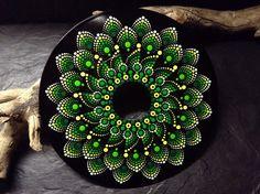 Mandala Bild auf Schallplatte, handbemalt und wunderschön, Mandala Stein | Möbel & Wohnen, Dekoration, Bilder & Drucke | eBay!