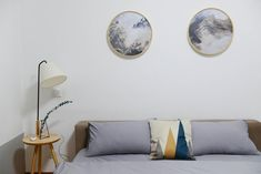 8 Prodigious Cool Tips: Minimalist Bedroom Monochrome Spaces minimalist home inspiration house tours.Minimalist Bedroom Wardrobe Interiors minimalist home office bureaus.Minimalist Home Decorating Japanese Style. Feng Shui, Minimalist Bedroom, Minimalist Decor, Minimalist Lifestyle, Minimalist Kitchen, Minimalist Interior, Minimalist Living, Grey Comforter Sets, Floating