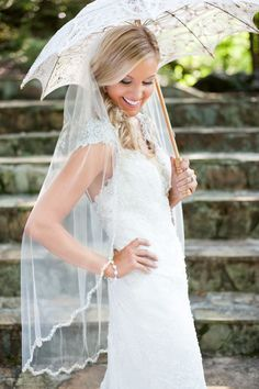 Bridal portrait at Dara's Garden with Knoxville wedding photographers Shane and Beth of Shane Hawkins Photography