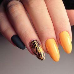 ✔️Чёрно-жёлтый маникюр фото (дизайн ногтей с чёрным и жёлтым цветом) Best Acrylic Nails, Gel Nail Art, Nail Manicure, Manicure Ideas, Feather Nails, Yellow Nail Art, Queen Nails, Nagellack Trends, Bridal Nail Art