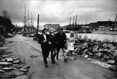 Roger Mayne - Docks, Bristol 1968