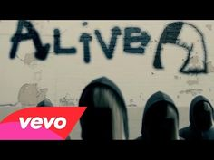 "Sia Releases Graffiti-Filled ""Alive"" Lyric Video: Watch 