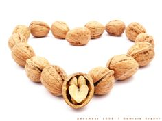 Health, Skin and Hair benefits of Walnut Jayshree For you