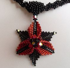interesting site - lots of finished necklaces and eye candy