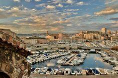 Marseille, le bassin du Carénage et le Vieux Port. Photographie Pierre Emmanuel Landais - madeinmarseille.net