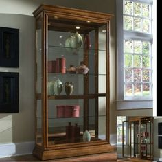 Pulaski-Curio-Cabinet-Lighted-Display-Mirrored-Door-Dining-Room-Furniture-Glass