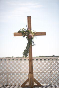 Flower garland design on ceremony altar