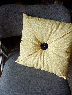 diy pillow cover [$10] | the bright life