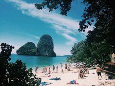 Squarci di paradiso #krabi #thailand #thailandia #krabi #travel #viaggio #viaggiare #asia #trip #adventure #sea #ocean #summer #beach #backpack #backpacker #nature #naturephotography # Krabi Thailand, Thailand Travel, Beach Backpack, Backpacker, Summer Beach, Dolores Park, Asia, Ocean, Adventure