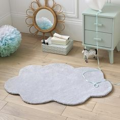 Dihya Child's Cloud Rug LA REDOUTE INTERIEURS This plush cloud-shaped rug brings a playful softness to your child's room. Childrens Bedroom Furniture, Kids Bedroom, Bedroom Decor, Room Carpet, Rugs On Carpet, Cloud Bedroom, Flokati Rug, Grey And White Rug, Child Room