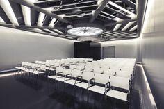 Supernova – contemporary conference room design, Utrecht