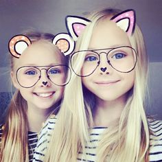 Tomorrow we will be in a fashion show for kids and teenagers, we will post on Instagram stories so keep your open #twins #sisters #wednesday #style #smile #fashion #happyness #friendsallovertheworld