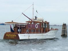 antique motoryachts | Classic Motor Yacht Papoose, wooden Gentleman's Cruiser, a real ...