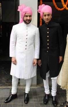 Bollywood Actress Soha Ali Khan's Wedding Pics Indian Wedding Suits Men, Sherwani For Men Wedding, Mens Indian Wear, Mens Ethnic Wear, Sherwani Groom, Wedding Dress Men, Indian Men Fashion, Indian Wedding Outfits, Mens Fashion Suits
