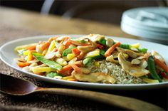 Chicken-Almond Stir-Fry -- Skip the takeout and try this healthy living recipe instead--ready for the dinner table in just 35 minutes time! Kraft Foods, Kraft Recipes, Entree Recipes, Asian Recipes, Ethnic Recipes, Stir Fry Recipes, Cooking Recipes, Almond Chicken, Healthy Living Recipes