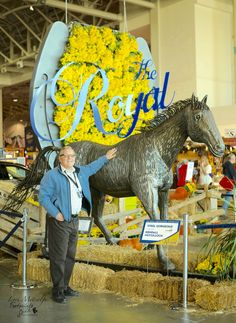 """Kendall McCulloch's Horse sculpture """"Steel Gorgeous at main entrance at the 93rd annual Royal Agricultural Winter Fair Toronto"""