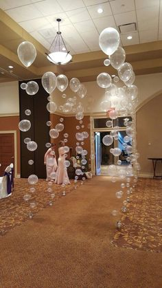 Bubble Balloons Walkway for Cincinnatti Christian School Prom, balloons bubble .Bubble Balloons Walkway for Cincinnatti Christian School Prom, Ballons Bubble Christian Cincinnatti School . Prom Balloons, Bubble Balloons, Birthday Balloons, Wedding Balloons, Round Balloons, Birthday Shots, 21st Birthday, 50th Birthday Ideas For Mom, Glitter Balloons