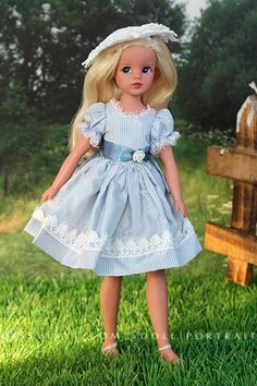 Sindy Summer Fun in the countryside in Tiny Kitty outfit