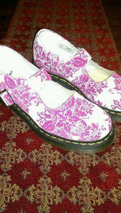 Dr Martens Womens Size 8 5026 Mary Janes White Pink Velvet Monk Strap Shoes     eBay