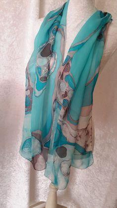 écharpe en mousseline de soie peinte turquoise pièce unique  : Echarpe, foulard, cravate par iletaitunesoie droits réservés  christine Dvid