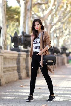 camel trench coat, sweatshirt, ripped high waisted jeans, Nike Free 5.0 , Proenza Schouler PS11 classic