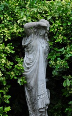Statues Of Liberty Poem - - Statues Decor Sculpture - Parks, Types Of Herbs, Angel Statues, Greek Statues, Buddha Statues, Stone Statues, Classic Garden, White Gardens, My Secret Garden
