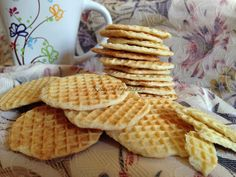 Nacho Chips, Greens Recipe, Garlic Bread, Scones, Nutella, Waffles, Recipies, Dessert Recipes, Food And Drink