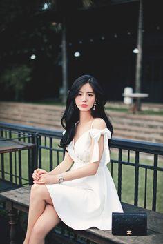 pretty and a simple homecoming dresses ideas 13 – Trendy Fashion Ideas Korean Fashion Dress, Korean Dress, Ulzzang Fashion, Korean Outfits, Asian Fashion, Trendy Fashion, Girl Fashion, Fashion Dresses, Fashion Ideas