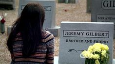 The saddest death on this show The Vampire Diaries Jeremy, Vampire Diaries The Originals, Cw The Originals, Bonnie And Jeremy, Vampires And Werewolves, Love Never Dies, How To Apologize, Delena, Greys Anatomy