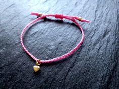 LOVE♥  Armband mit Herz von rosenrotes  auf DaWanda.com handmade bracelet with golden heart