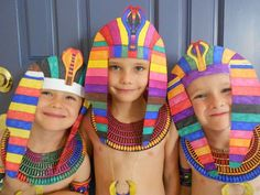 Pharaoh headdress includes printable and full instructions. Nice craft for studying life of Moses or for acting out stories from life of Joseph and Moses.