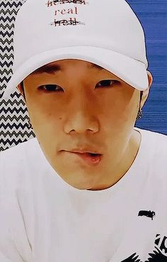 "Don't know what I want. Gyu's ""real"" hat. Or Gyu himself. ^.^"
